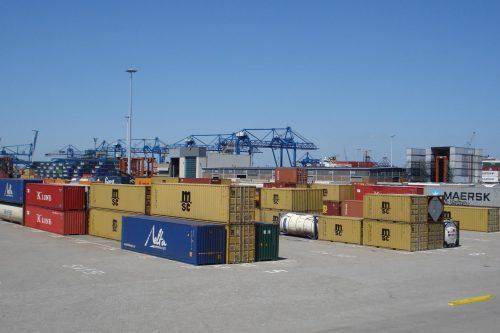 Rotterdam_stad_heijplaat_containers